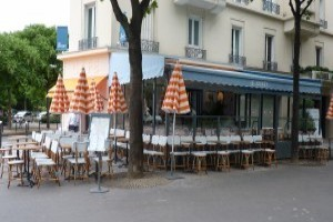 Happy Hour Paris - Le Jockey Café